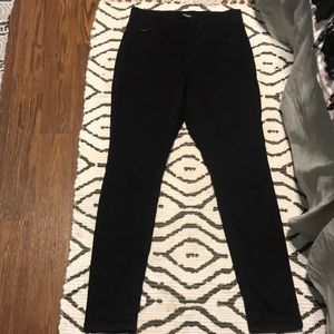Black jeans a